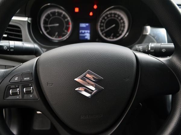 Suzuki Kizashi GLX año 2012