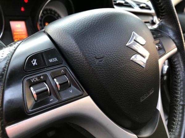 Suzuki Kizashi 2.4 SPORT 4X4 AT año 2012