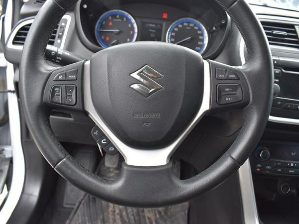 Suzuki S Cross S CROSS GLX 4X4 1.6 año 2016