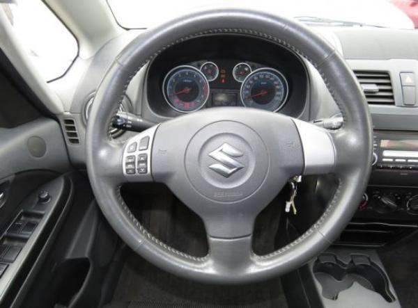 Suzuki Suzuki SX4 GLX año 2011