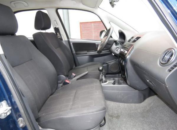 Suzuki Suzuki SX4 GLX año 2012