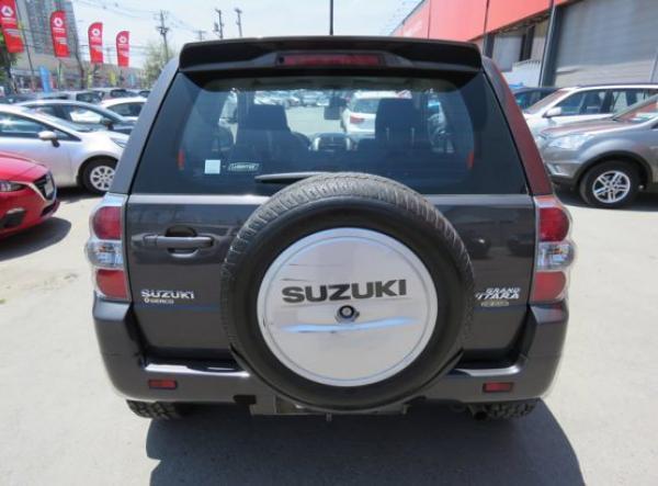 Suzuki Suzuki GRAND VITARA GLX año 2013
