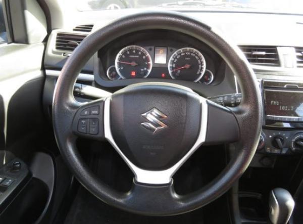Suzuki Suzuki SWIFT GL año 2014