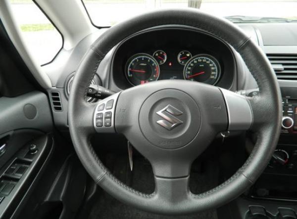 Suzuki Suzuki SX4 CROSSOVER año 2015