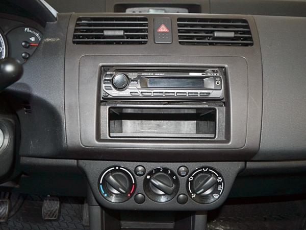 Suzuki Swift GA 1.3 año 2009