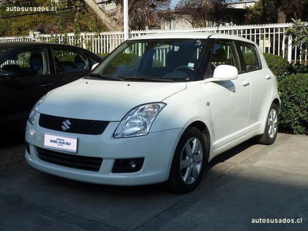 Suzuki Swift GL año 2011