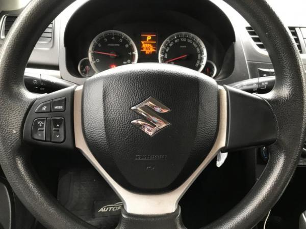 Suzuki Swift  año 2015