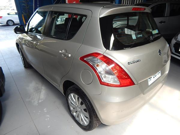 Suzuki Swift GL HB 1.2 año 2015