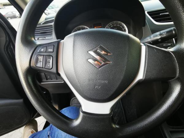 Suzuki Swift GL 1.2 AC año 2015