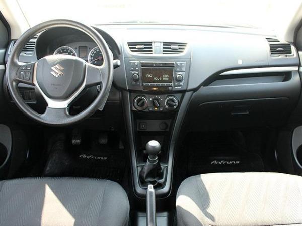 Suzuki Swift GL 1.2 MT año 2015