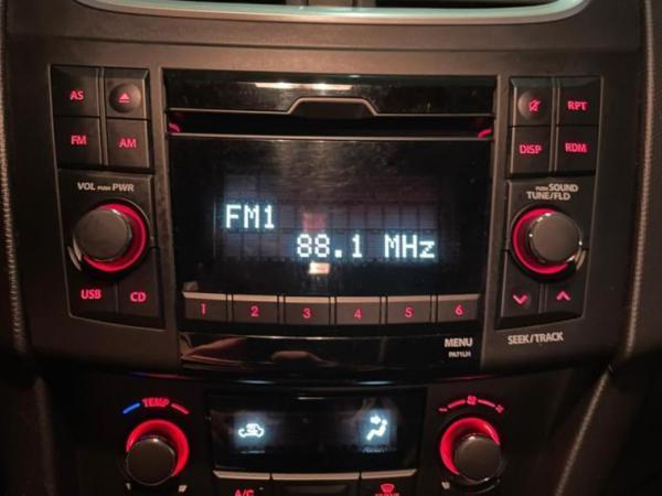 Suzuki Swift 1.2 GLX MT A/C año 2016
