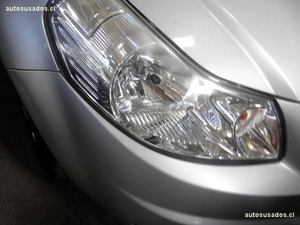 Suzuki SX4 GLX año 2010