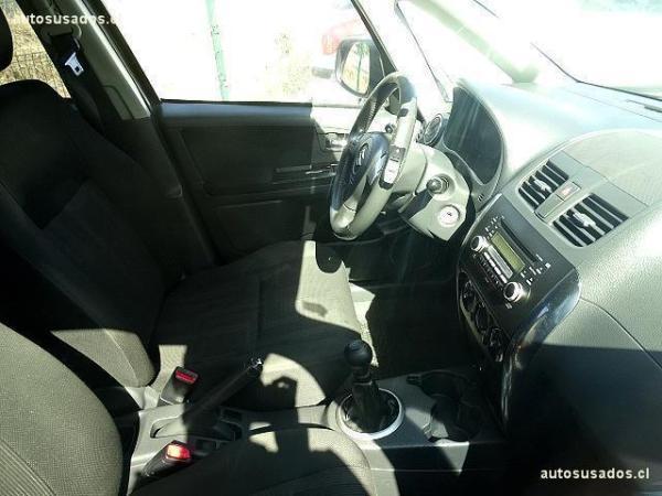 Suzuki SX4 CROSSOVER año 2011