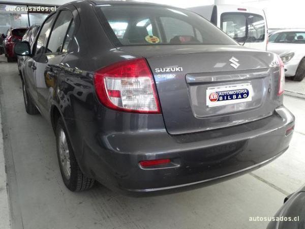 Suzuki SX4 GLX SPORT 1.6 año 2013