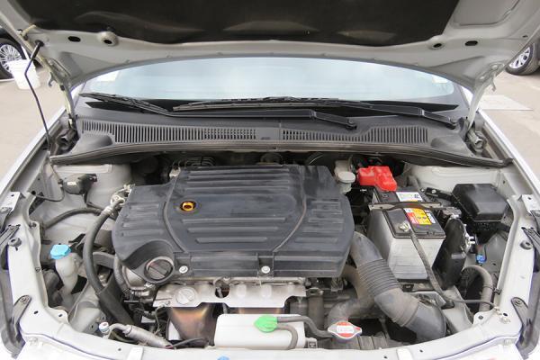 Suzuki SX4 CROSSOVER año 2015