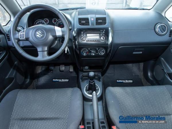 Suzuki SX4 GLX SPORT 1.6 año 2015