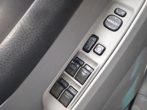 Toyota 4Runner SR5 4.0 AT año 2006
