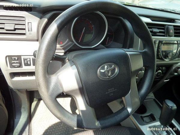 Toyota 4Runner SR5 año 2010