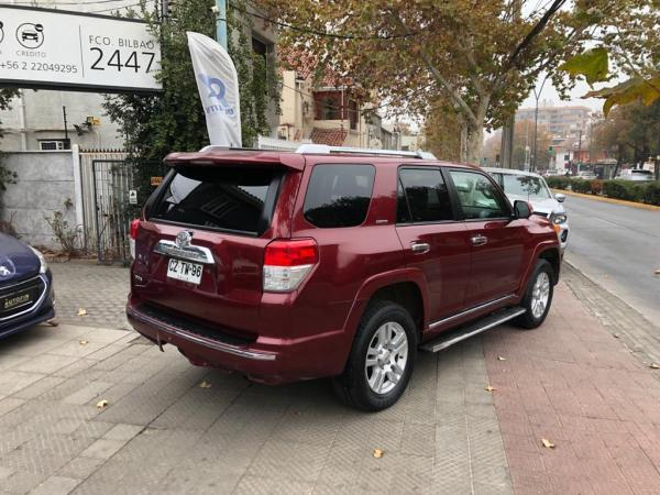 Toyota 4Runner Limited 4x2 4.0 año 2011