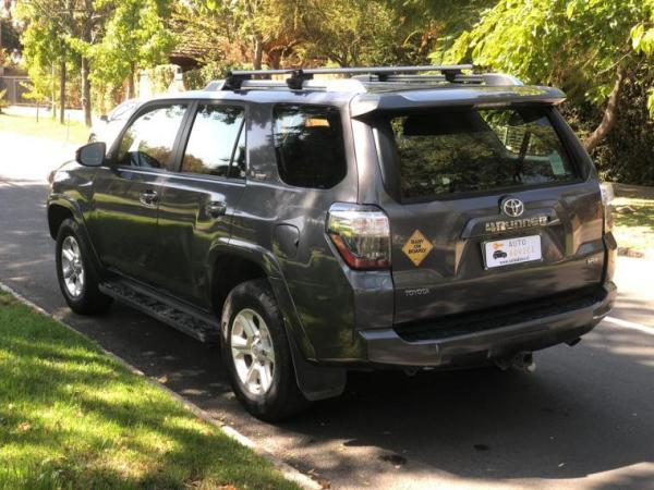 Toyota 4Runner SRS 4x4 año 2015