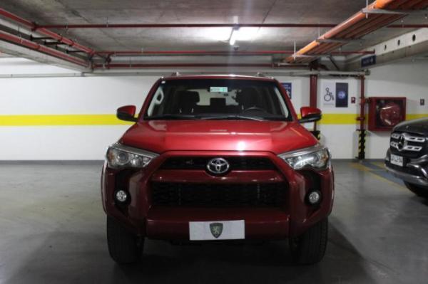 Toyota 4Runner SR5 4x4 año 2018