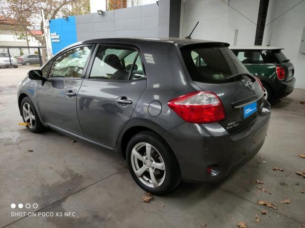Toyota Auris AURIS LEI 6 VEL AA año 2012