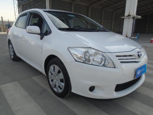 Toyota Auris 1.6 MT AC año 2012