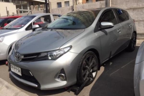 Toyota Auris NEW MT año 2013