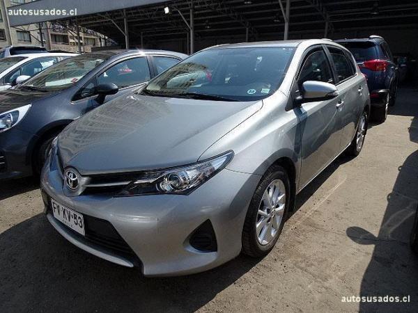 Toyota Auris 1.6 año 2013