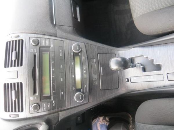 Toyota Avensis 2.0 año 2011