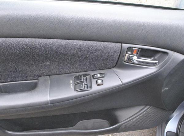 Toyota Corolla XLI 1.6 año 2004