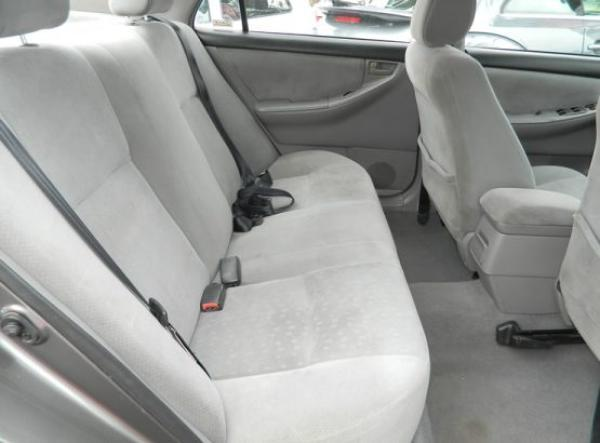 Toyota Corolla XLI año 2005