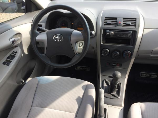 Toyota Corolla GLI año 2010