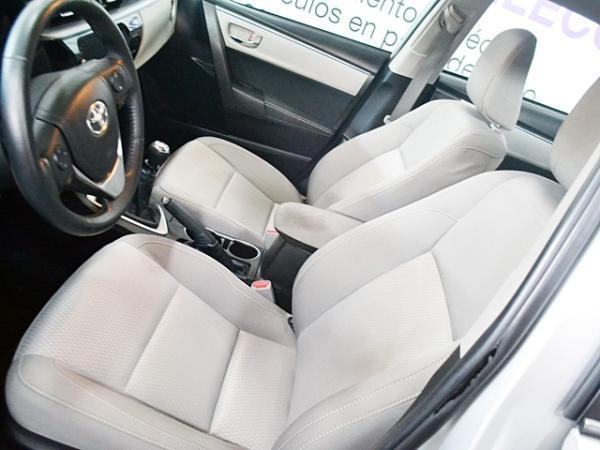 Toyota Corolla LE 1.8 año 2015
