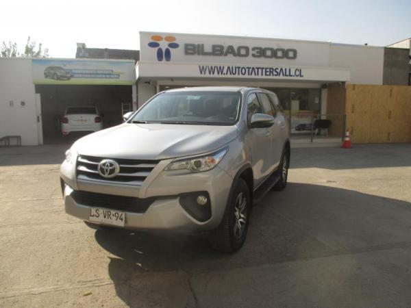 Toyota Fortuner FORTUNER 4X4 AT año 2020