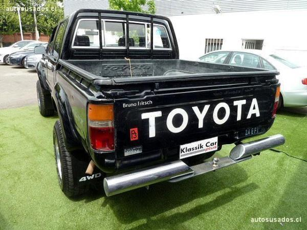 Toyota Hilux 2.4 EFI año 1996