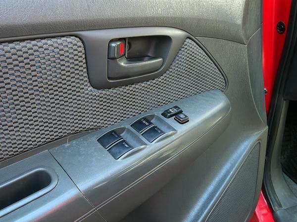 Toyota Hilux HILUX DCAB TDI SR 2.5 año 2015