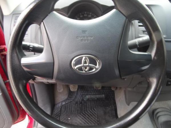 Toyota Hilux 4x2 año 2015
