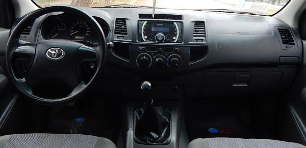Toyota Hilux 637 TOYOTA HILUX DCAB 2.5 año 2016