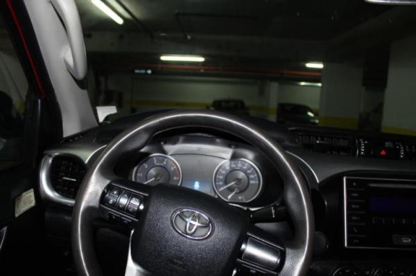 Toyota Hilux F-FR00 DX año 2016