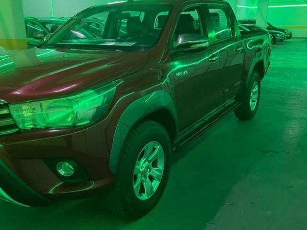 Toyota Hilux HILUX 2.4 SR 4X2 año 2016