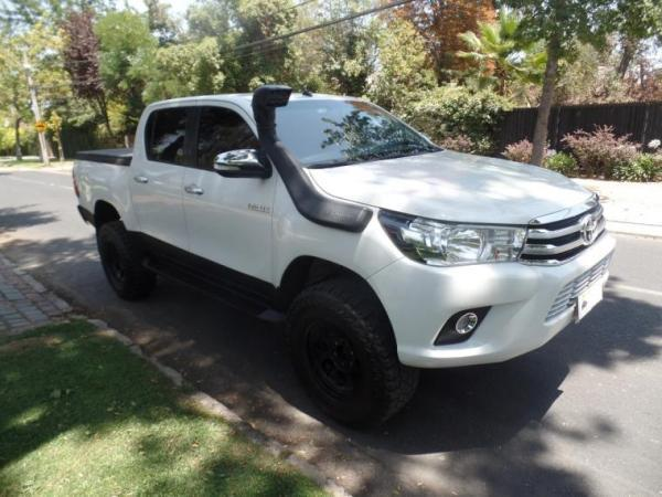 Toyota Hilux SRV año 2017
