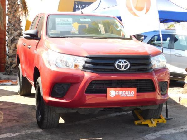 Toyota Hilux NEW HILUX 4x2 2.4 MT DX año 2017