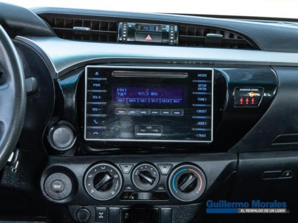 Toyota Hilux HI LUX 2.4 año 2018