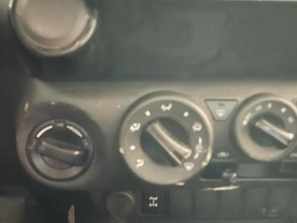 Toyota Hilux CAB DX 4X4 2.4 año 2019