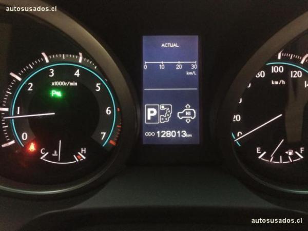 Toyota Land Cruiser LAND CRUISER PRADO VX año 2011