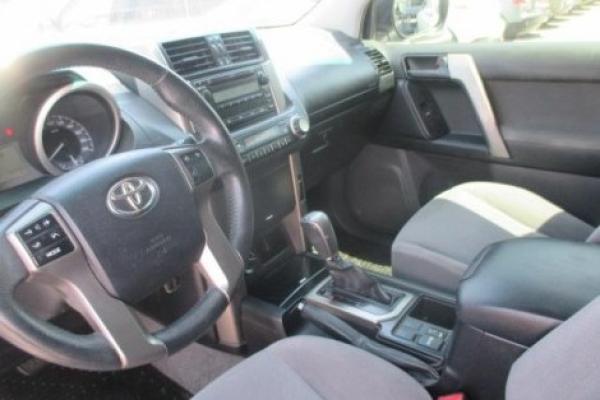 Toyota Land Cruiser NEW 3 . año 2012