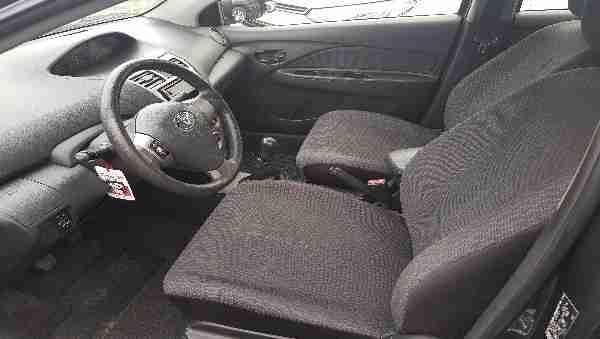 Toyota New Yaris COMPRAMOS CONTADO año 2013