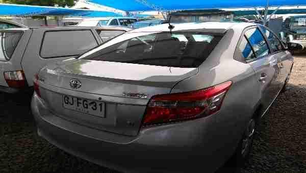 Toyota New Yaris  año 2014