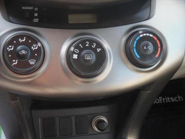 Toyota Rav 4 - año 2010